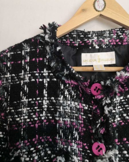Veste en tweed noir et rose